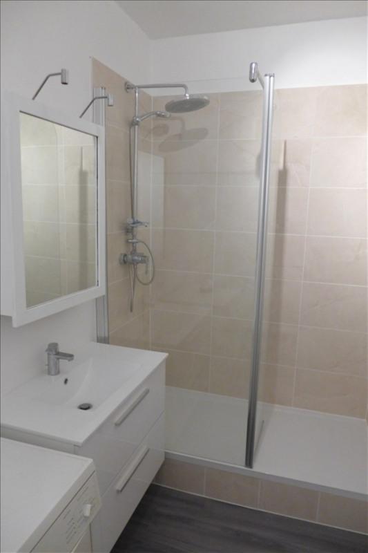 Locação apartamento Garches 930€ CC - Fotografia 3