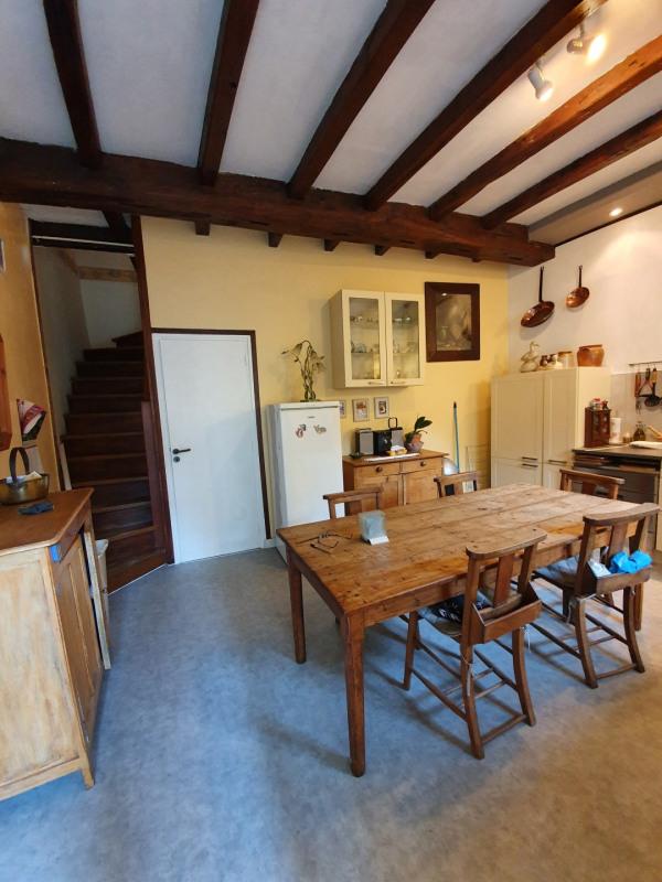 Sale house / villa Saint-jean-d'angély 127500€ - Picture 2