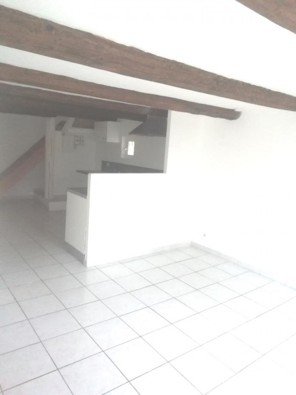 Location maison / villa Caumont sur durance 580€ CC - Photo 11