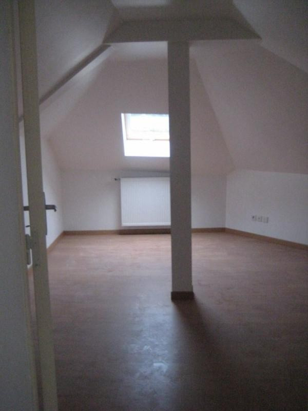 Location maison / villa Laval 550€ CC - Photo 5