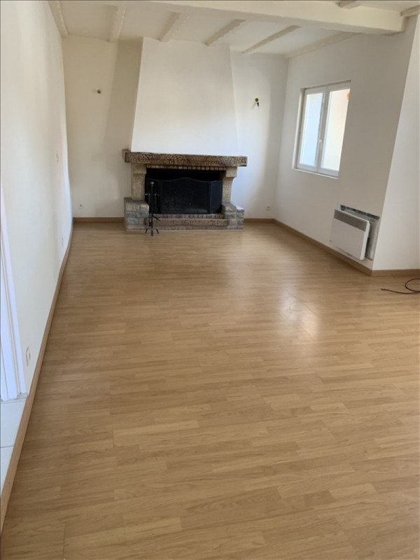Rental house / villa Athis mons 1 300€ CC - Picture 2