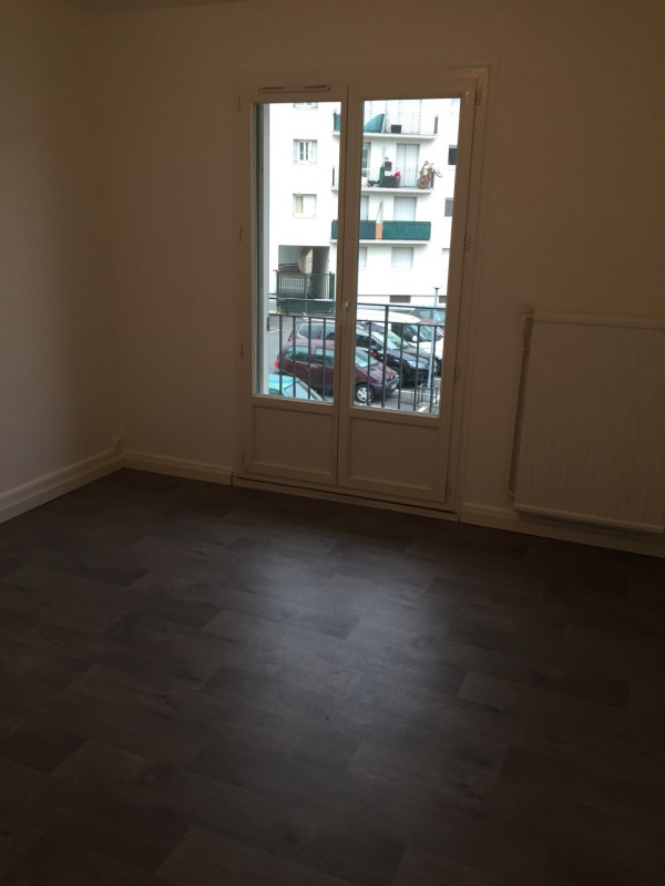 Location appartement Villepinte 870€ CC - Photo 2