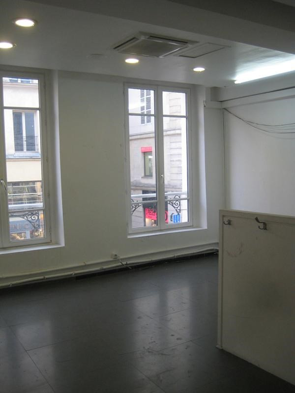 Vente boutique Paris 2ème 690 000€ - Photo 4