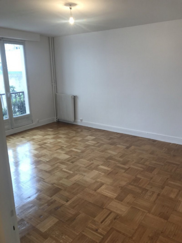 Rental apartment Montreuil 1 200€ CC - Picture 1