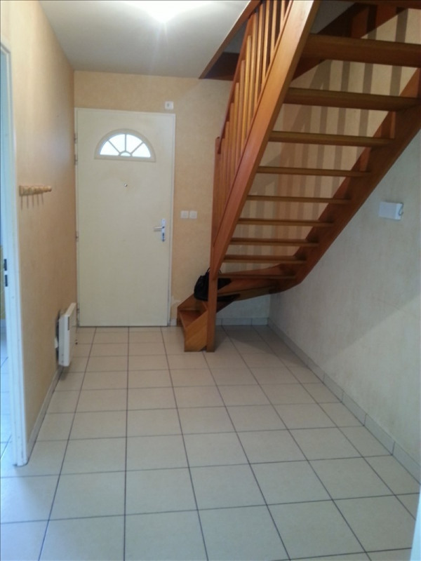 Location maison / villa St ouen 660€ CC - Photo 11