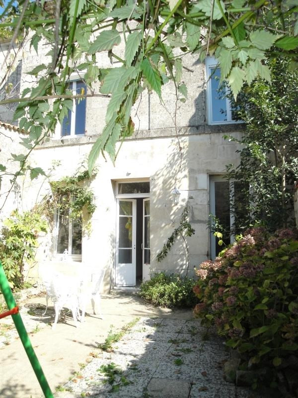 Sale house / villa Niort 272 000€ - Picture 1