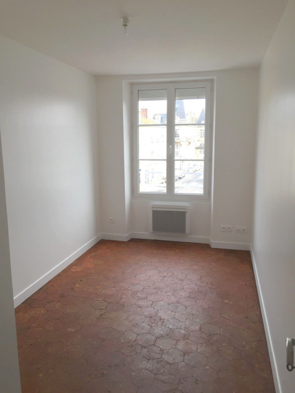 Rental apartment Neuilly en thelle 887€ CC - Picture 8