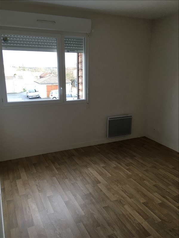 Rental apartment St benoit 445€ CC - Picture 6
