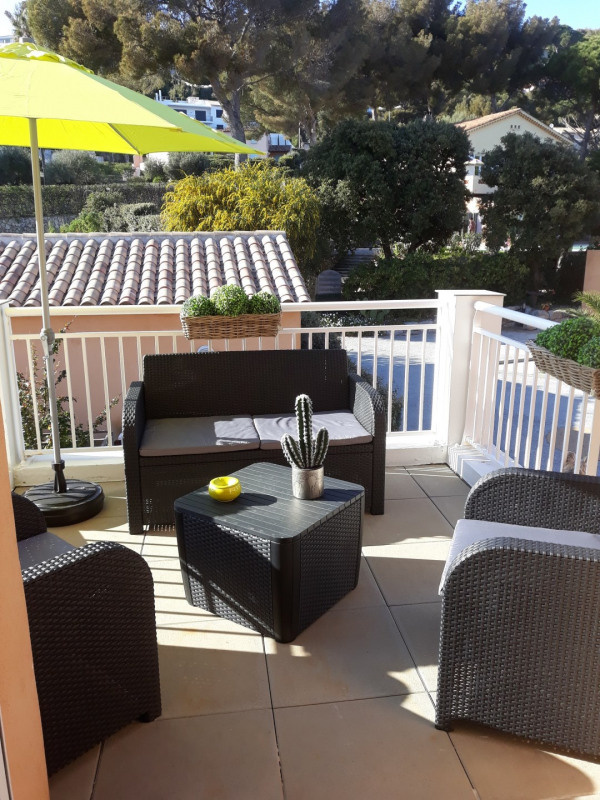 Vacation rental apartment Mer 550€ - Picture 1