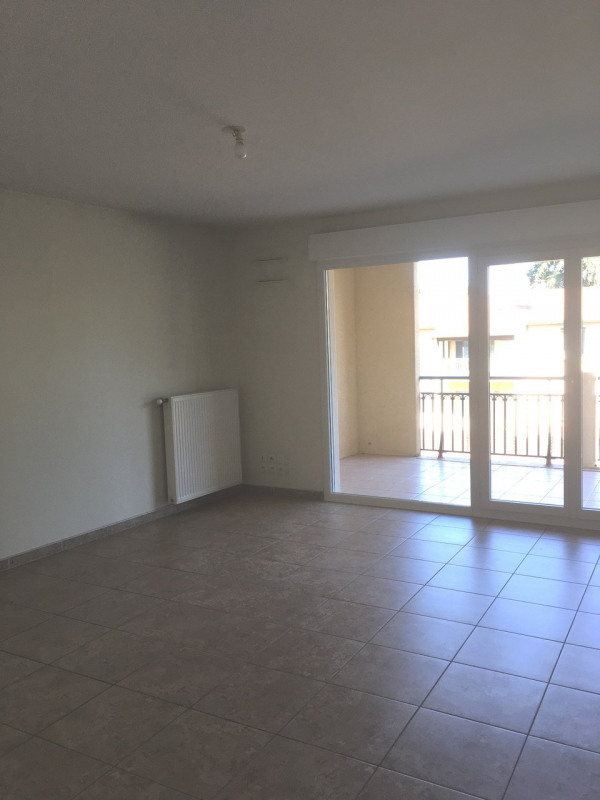 Location appartement Tain-l'hermitage 662€ CC - Photo 3
