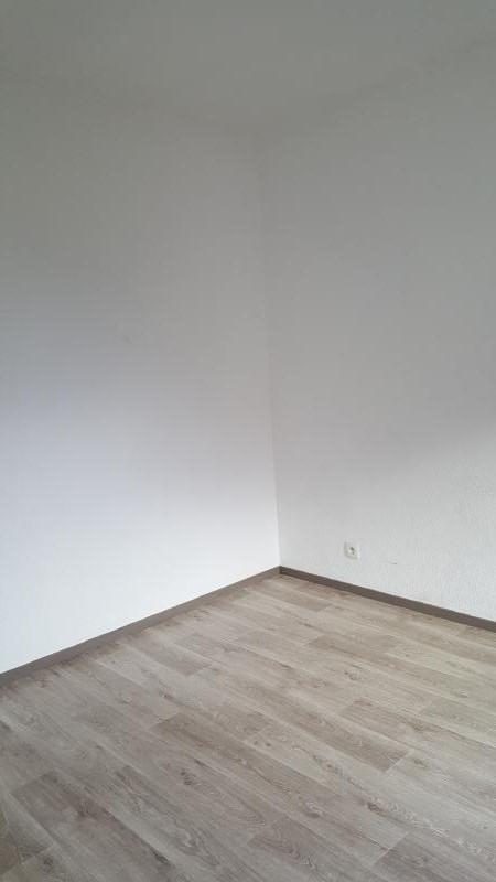 Rental apartment Pont d'ain 337€ CC - Picture 4