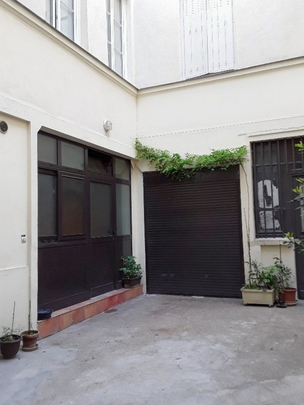 Rental apartment Paris 3ème 1210€ CC - Picture 1