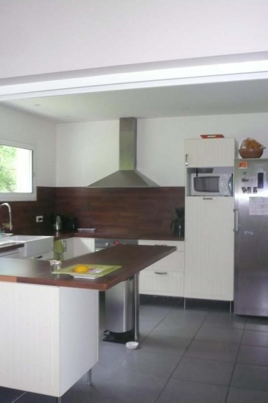 Location maison / villa St andre de cubzac 1155€ CC - Photo 6