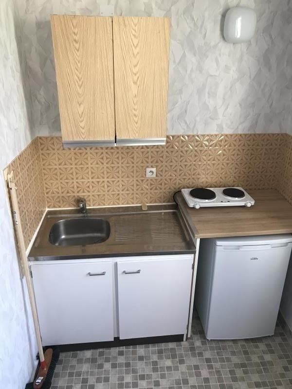 Location appartement Niort 260€ CC - Photo 3