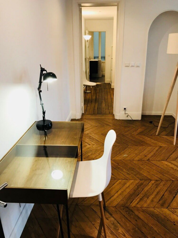 Location appartement Paris 11ème 2 500€ CC - Photo 4