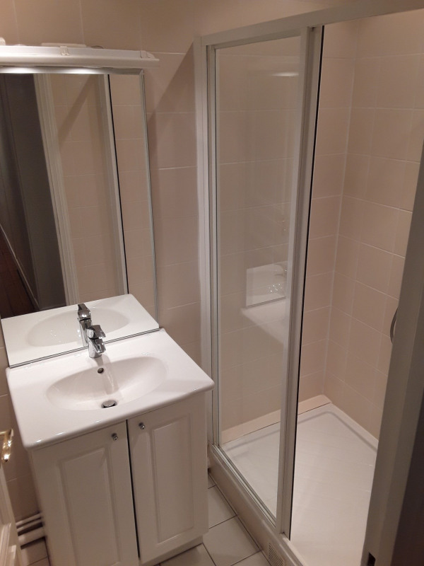 Location appartement Paris 7ème 4 740€ CC - Photo 5