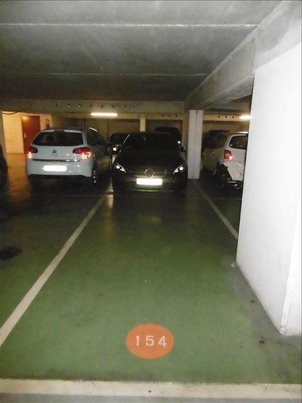 Rental parking spaces Levallois 110€ CC - Picture 2