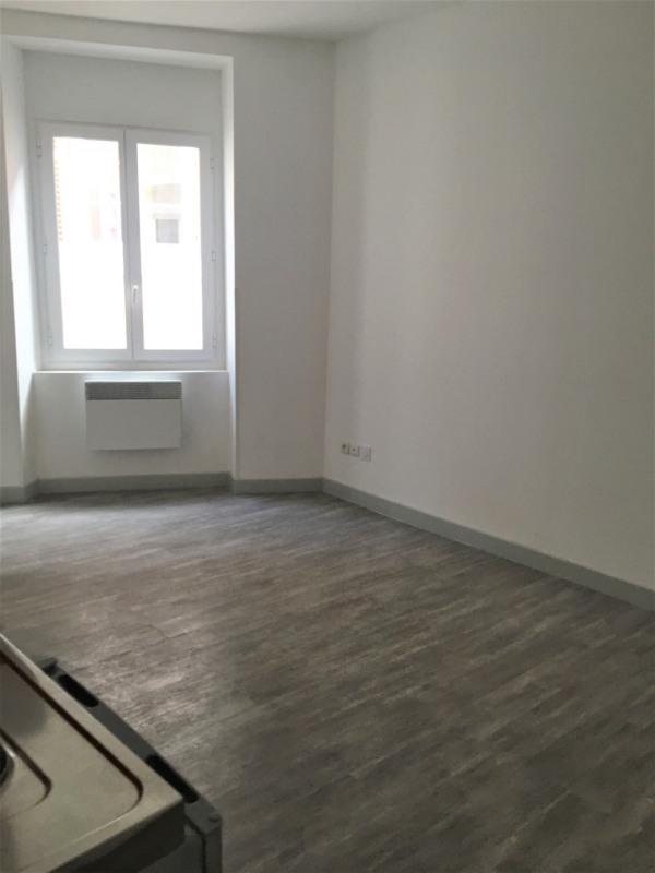 Location appartement Aubagne 620€ CC - Photo 2