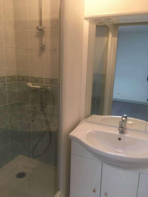 Location appartement Poitiers 554€ CC - Photo 6