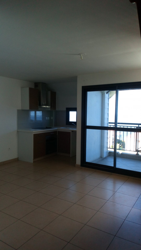 Sale apartment Les avirons 134 500€ - Picture 3
