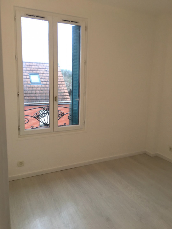 Rental apartment Montreuil 780€ CC - Picture 2