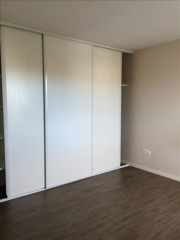 Location maison / villa Villenave d'ornon 1 110€ CC - Photo 4