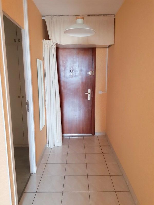 Location appartement Lyon 8ème 850€ CC - Photo 9