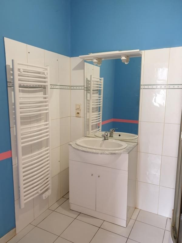 Location appartement Carmaux 343€ CC - Photo 3