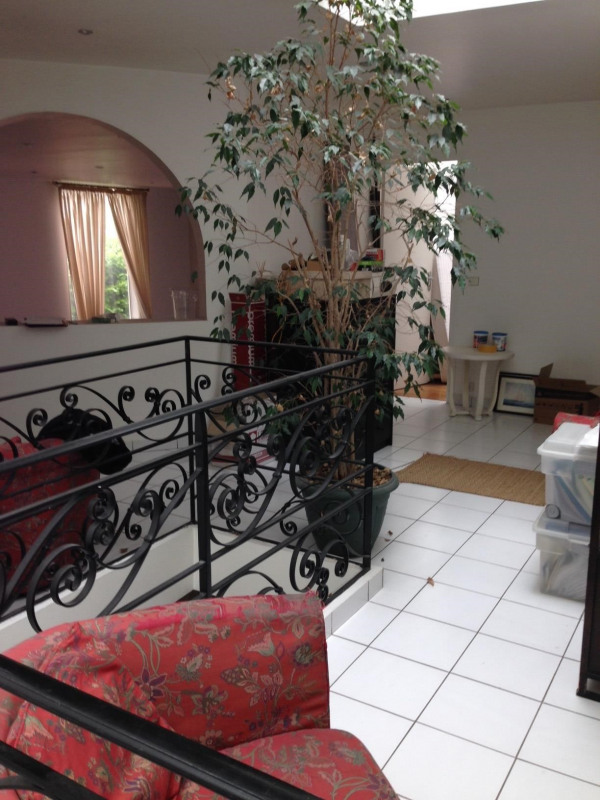 Rental apartment Villejuif 2 700€ CC - Picture 2