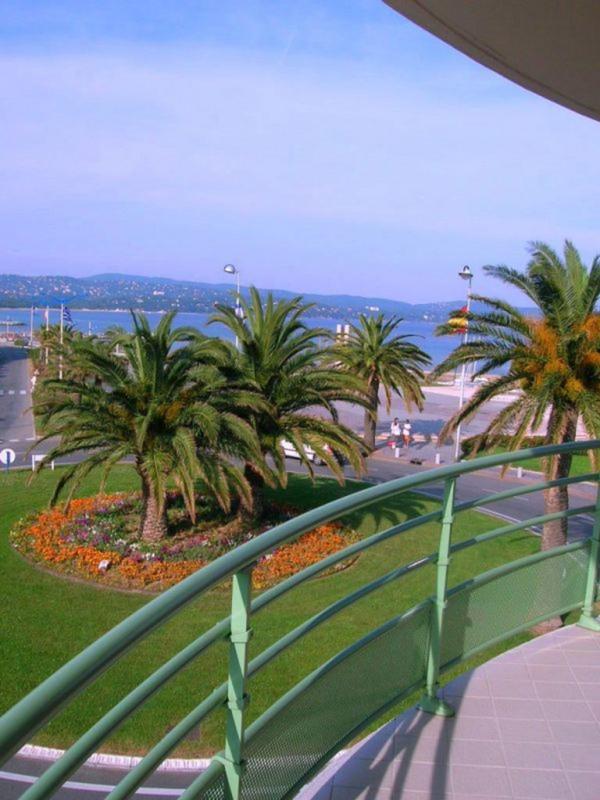 Location vacances appartement Cavalaire sur mer 680€ - Photo 1