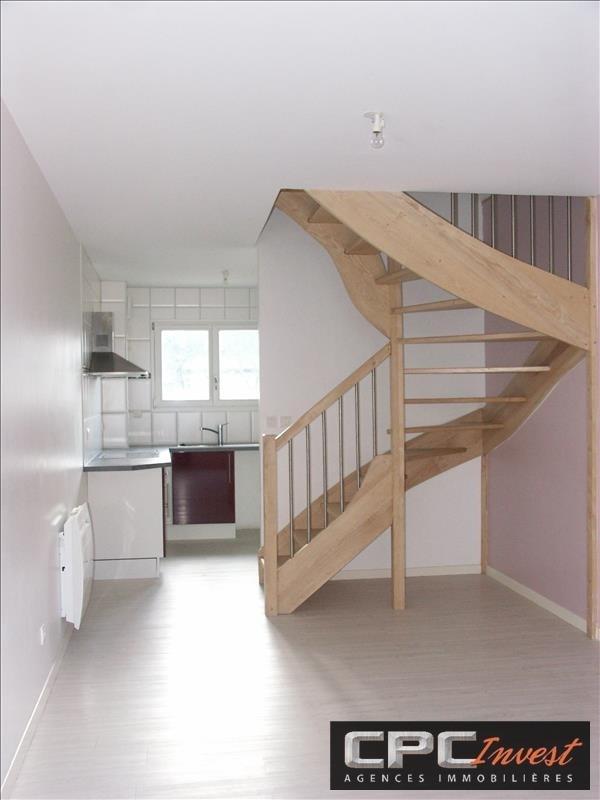 Sale apartment Oloron ste marie 90720€ - Picture 1