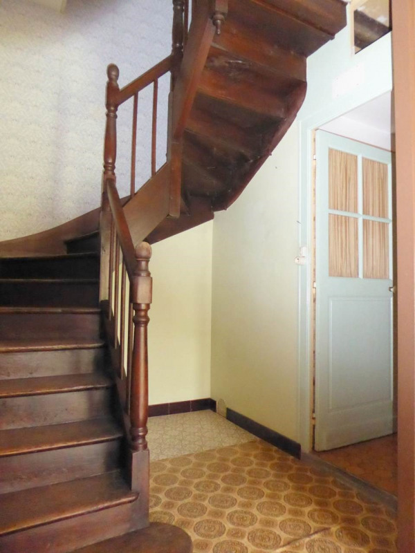 Sale house / villa Cherves-richemont 96750€ - Picture 6