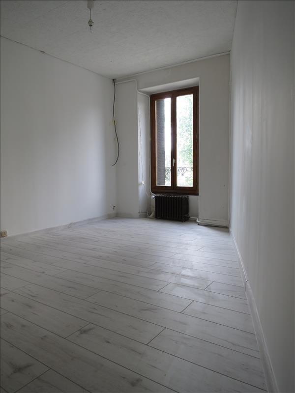 Verkoop  appartement Epernon 82400€ - Foto 2