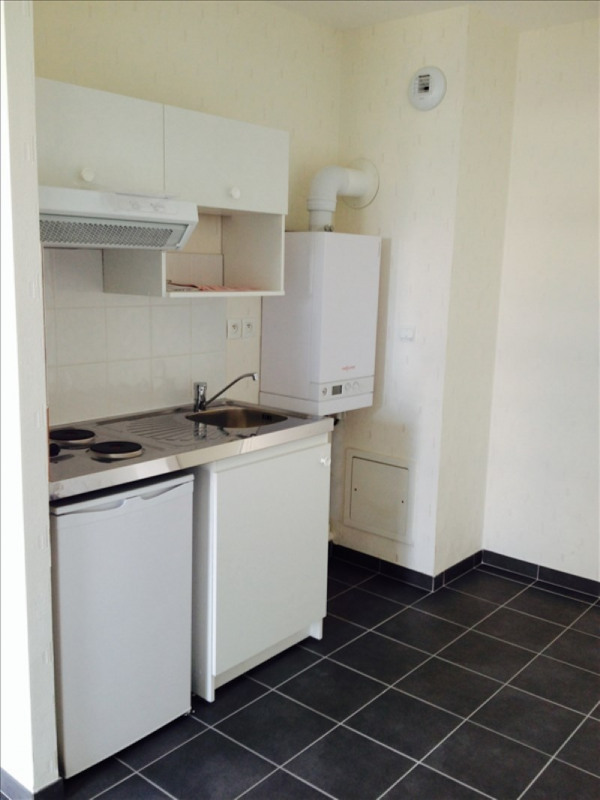 Affitto appartamento Fleury sur orne 355€ CC - Fotografia 2