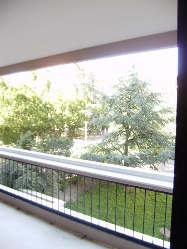 Sale apartment Francheville 265000€ - Picture 2