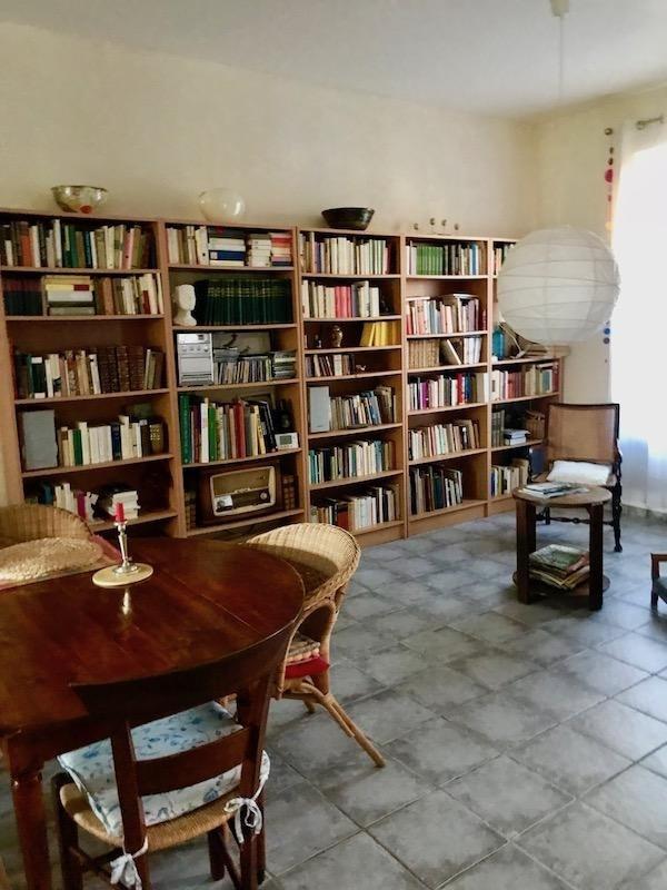 Revenda casa Arles 385000€ - Fotografia 6