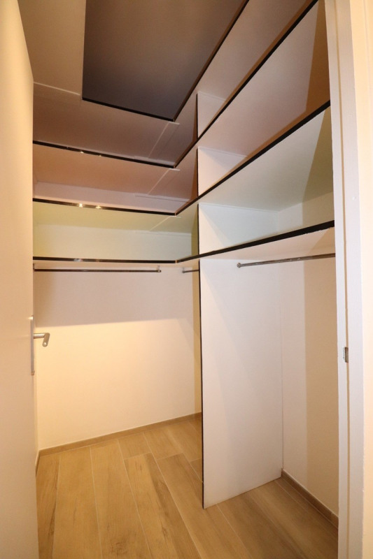 Location appartement Annecy 1065€ CC - Photo 11