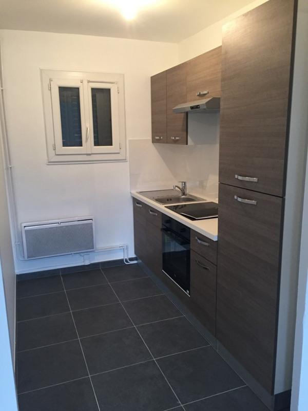 Location appartement Bron 890€ CC - Photo 3