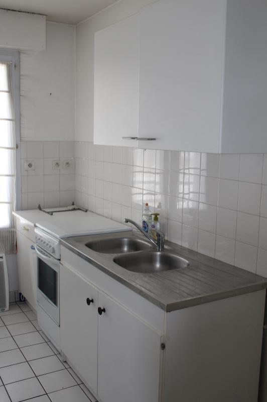 Sale apartment Quimper 118800€ - Picture 2