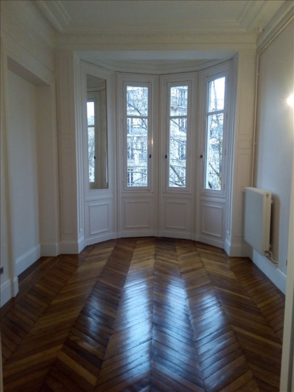 Rental apartment Paris 7ème 4 774€ CC - Picture 4