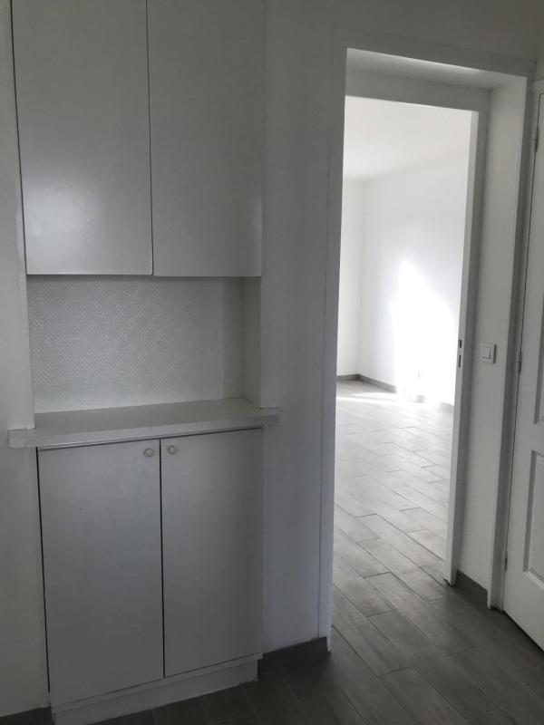Rental apartment Le raincy 1050€ CC - Picture 7