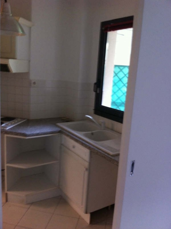 Rental apartment Le chesnay 990€ CC - Picture 6