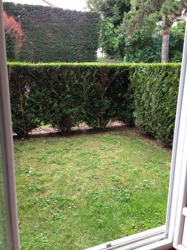 Rental apartment Villemomble 645€ CC - Picture 1