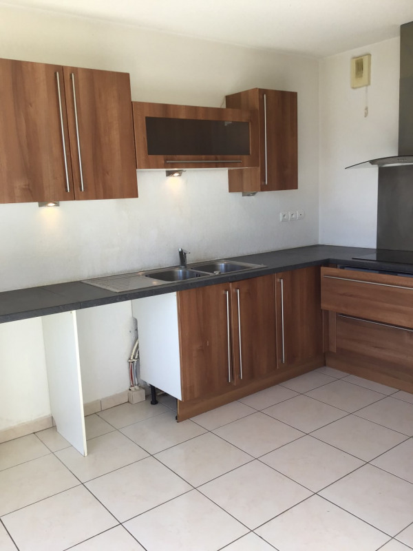 Rental apartment Fréjus 1 110€ CC - Picture 5