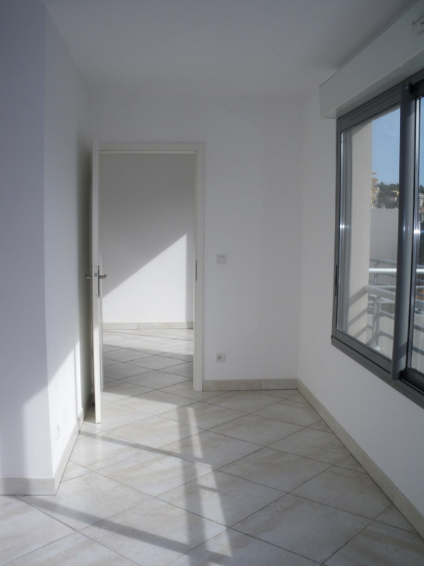 Location appartement Saint-raphaël 860€ CC - Photo 4