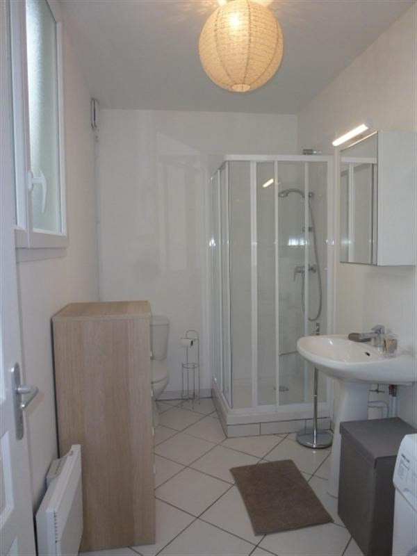 Location appartement Fontainebleau 835€ CC - Photo 9