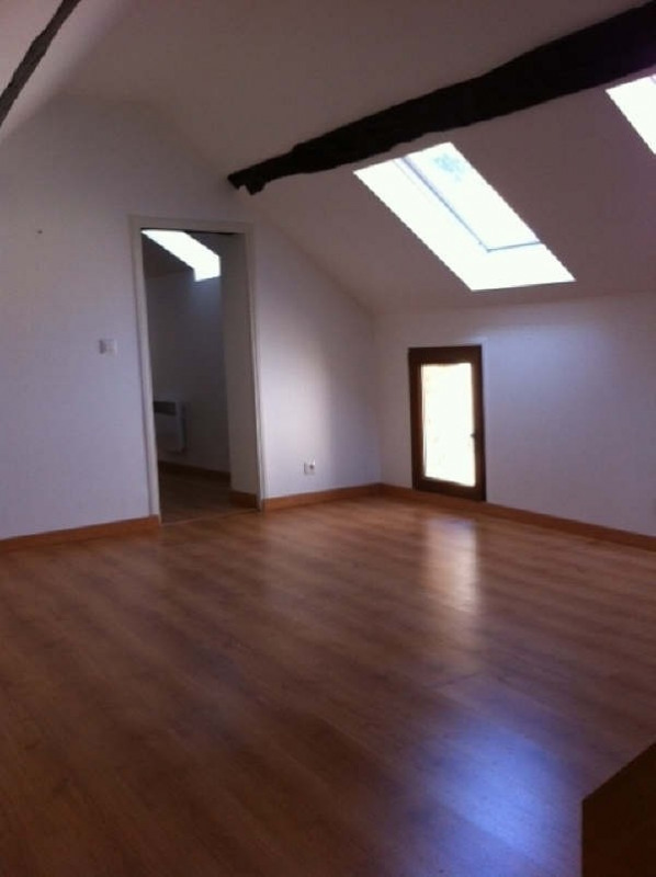Rental apartment Vaureal 760€ CC - Picture 3