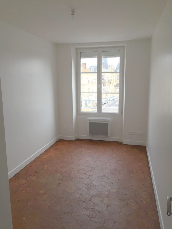 Rental apartment Neuilly en thelle 887€ CC - Picture 3