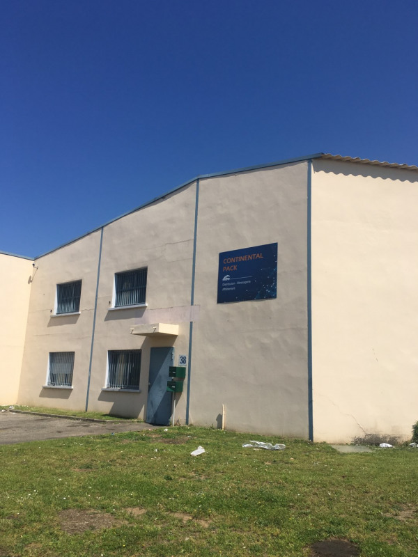 Location local commercial Chassieu 1 100€ HC - Photo 1