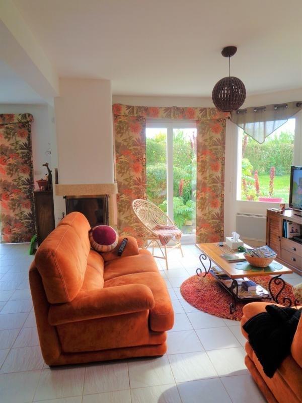 Sale house / villa Tregarantec 229900€ - Picture 1
